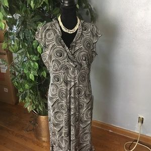 CDC dress career casual stretchy black and white